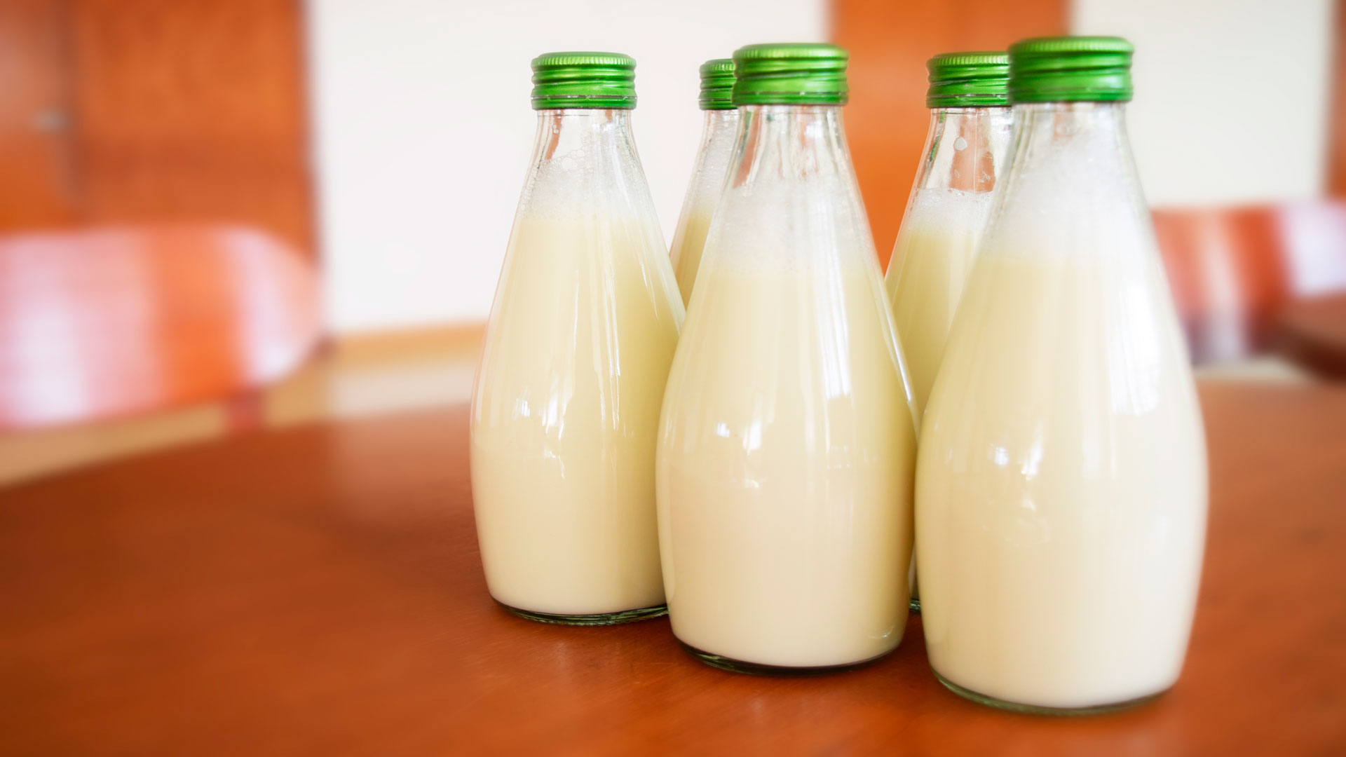 aprobada una proposición no de ley para que los ganadero cobren un precio suficiente por la leche