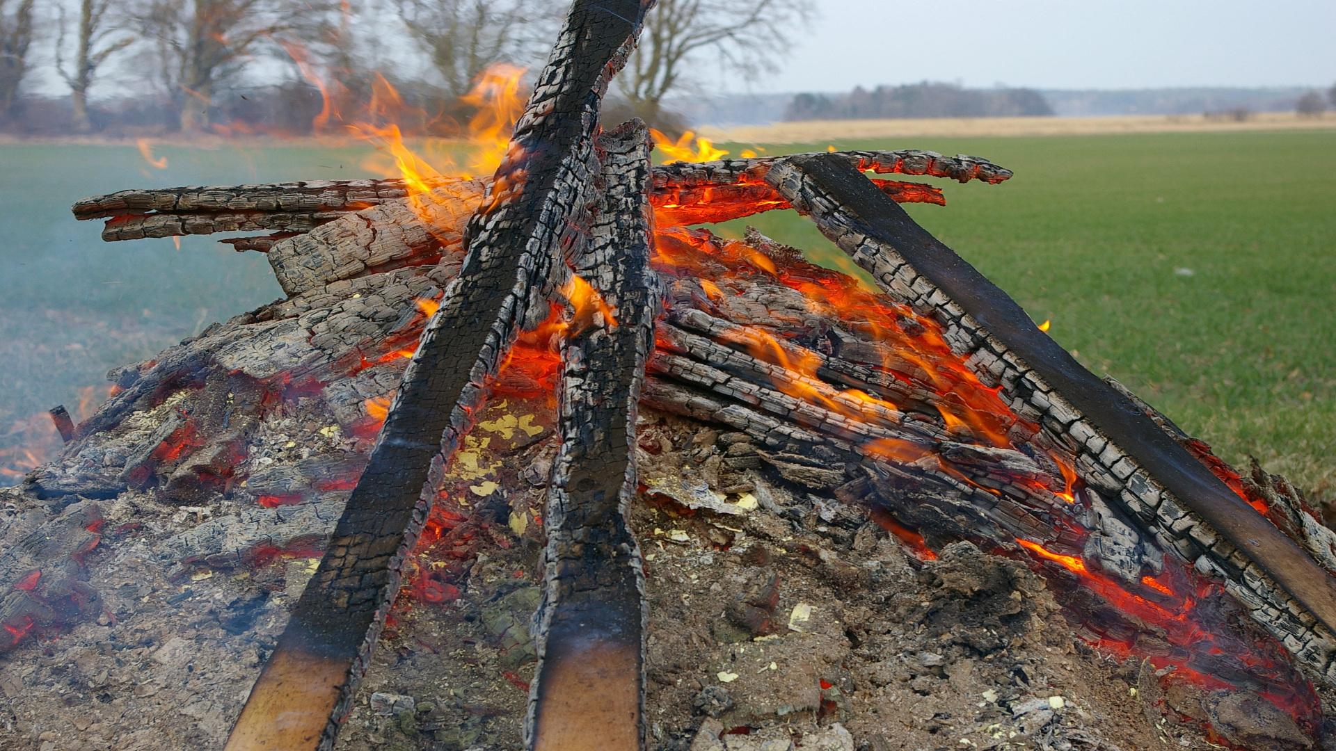 Desde el dia 1 de Noviembre ya se puede pedir permiso para quemas1920